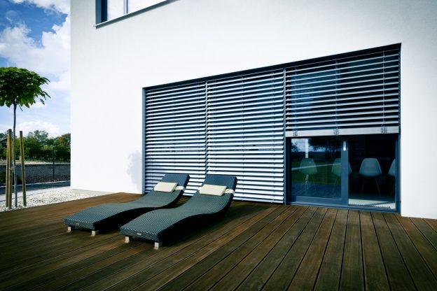 Fasado horizontalios žaliuzės – moderni klasika jūsų namams ar biurui